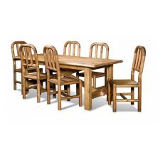 Столы и стулья в столовую